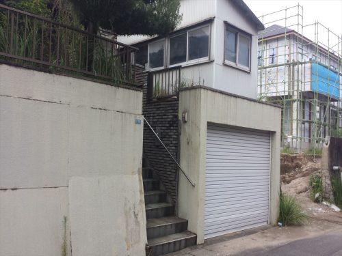 玄関・車庫(外観)
